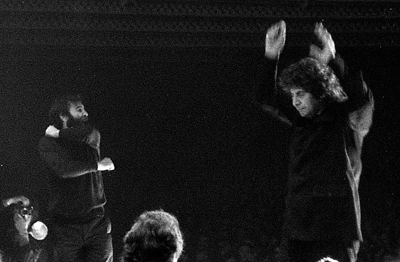 Ποιος ήταν ο Μίκης Θεοδωράκης που άλλαξε τη μουσική του 20ου αιώνα