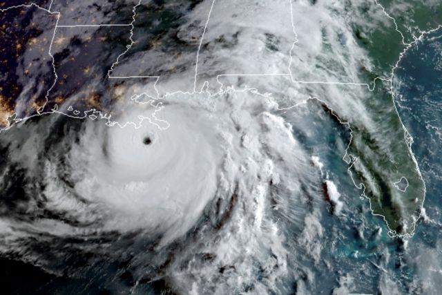 Τυφώνας Άιντα – Συνοδεύεται από ανέμους ταχύτητας 240 χλμ την ώρα – Θα πλήξει απόψε τη Λουιζιάνα