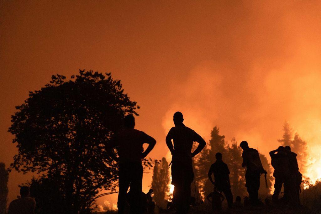 «Τη φωτιά τη σβήνεις από τον χειμώνα»: Τι λέει ένας δασολόγος για τον εφιάλτη των πυρκαγιών