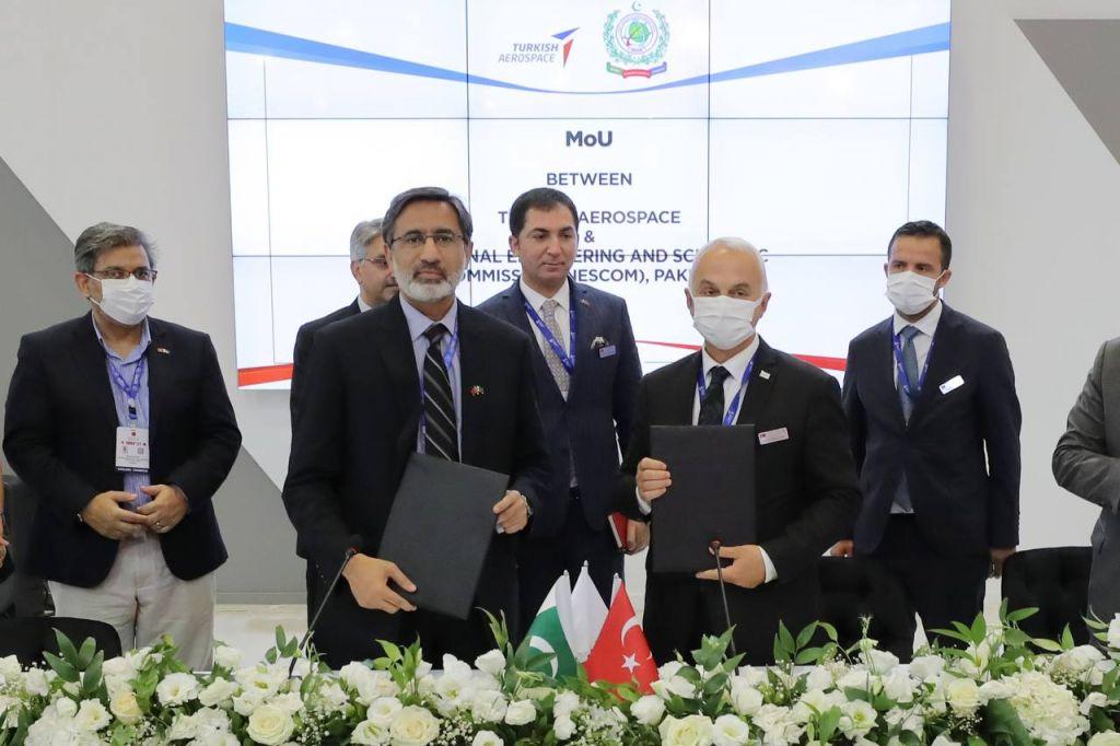 Τουρκία – Υπέγραψε σύμβαση κοινής παραγωγής drones με το Πακιστάν