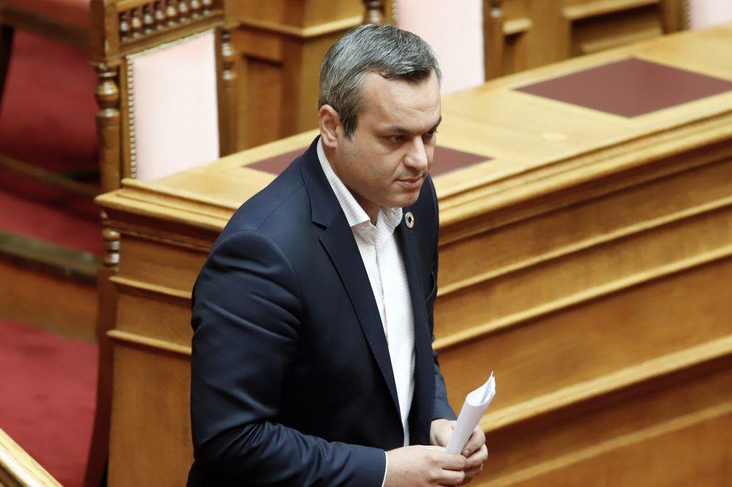 «Κarma is a bitch» – Αθλιότητες από τον βουλευτή του ΣΥΡΙΖΑ Μαμουλάκη για φωτιά σε Βαρυμπόμπη και… Μάτι