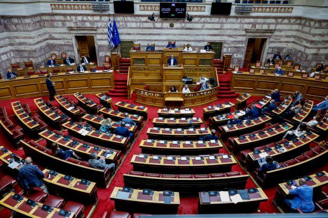 Κοροναϊός – Ένα θετικό τεστ στη Βουλή στα 230 που έγιναν σήμερα