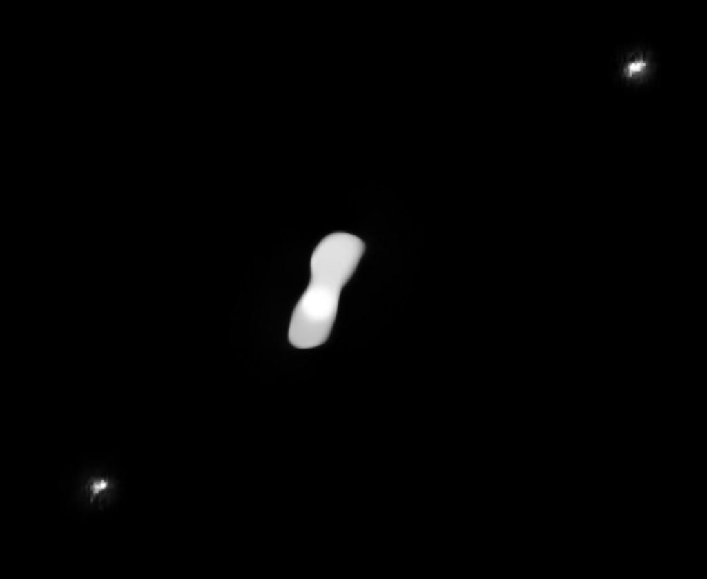 Οι καλύτερες φωτογραφίες της «Κλεοπάτρας» – Ο αστεροειδής που απέχει 200 εκατ. χλμ από τη Γη μοιαζει με κόκκαλο σκύλου