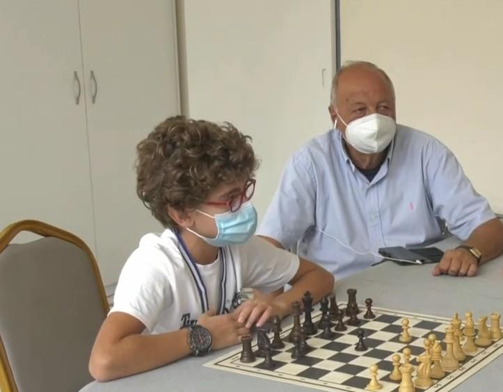 Καβάλα – «Σαρώνει» 10χρονος στο σκάκι – Ξεκίνησε να παίζει επειδή ήταν… άτακτος