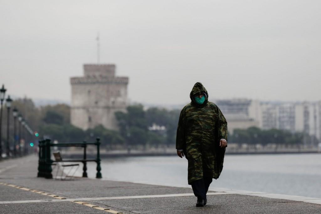 Κοροναϊός – Συναγερμός για την αύξηση κρουσμάτων στη Βόρεια Ελλάδα – Στη Θεσσαλονίκη Πλεύρης και Γκάγκα
