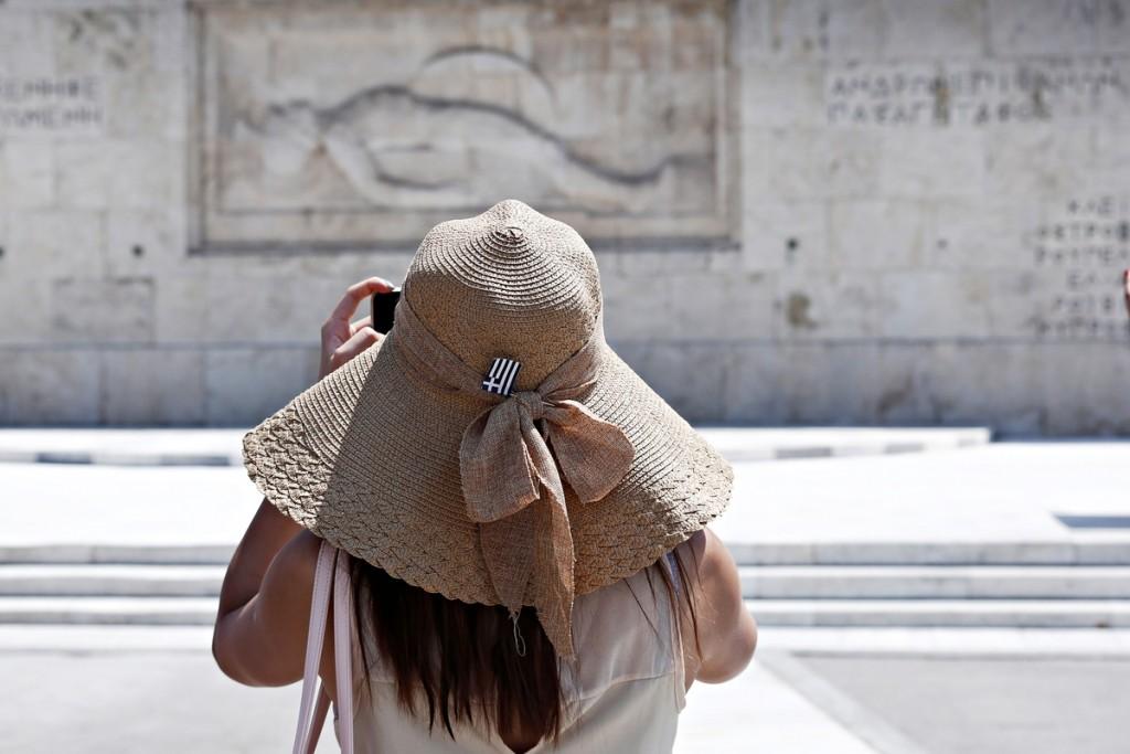 Καιρός – Επιμένει το καλοκαίρι – Ποιες περιοχές θα χτυπήσουν «36άρια»