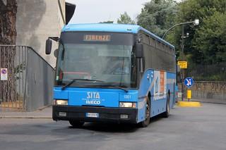 Ιταλία – Οι ελεγκτές ζήτησαν από επιβάτη να τους δείξει το εισιτήριο και εκείνος μαχαίρωσε πέντε ανθρώπους