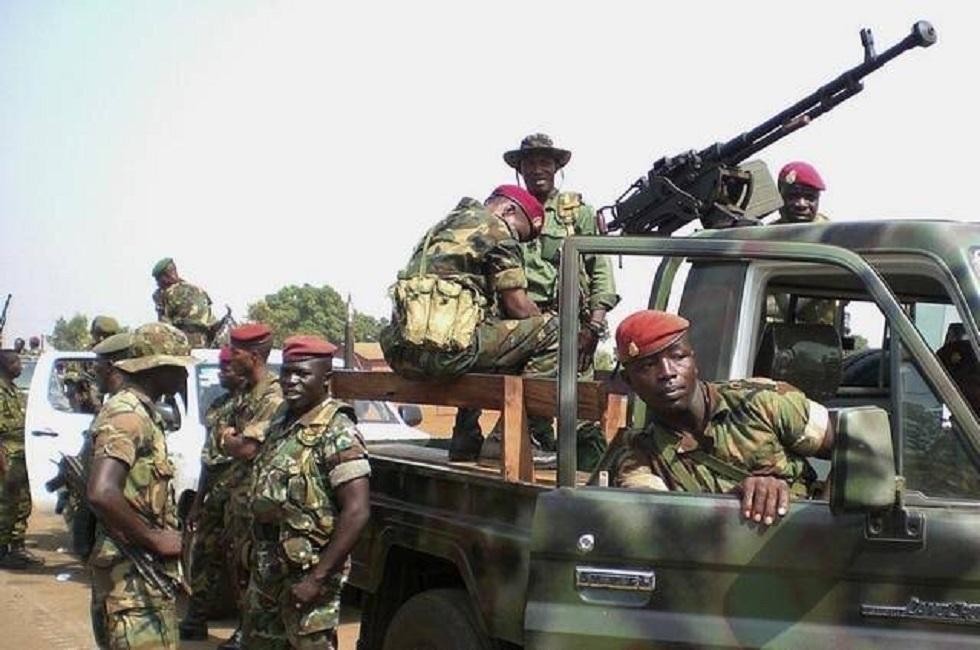 Τραγική η κατάσταση στη Γουινέα – «Ακούμε πυροβολισμούς, δεν ξέρουμε αν θα φύγουμε»
