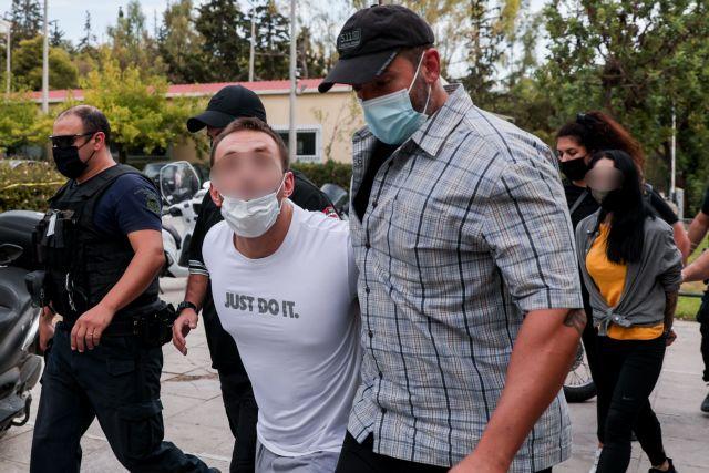 Ληστεία στη Μητροπόλεως – Ποινική δίωξη σε βάρος των συλληφθέντων