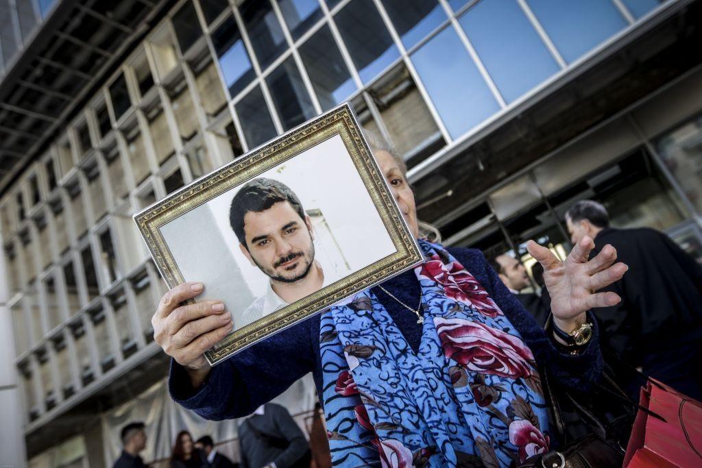 Μάριος Παπαγεωργίου – Να ξεπαγώσει η ανάκριση για την δολοφονία του ζήτησε η μητέρα του