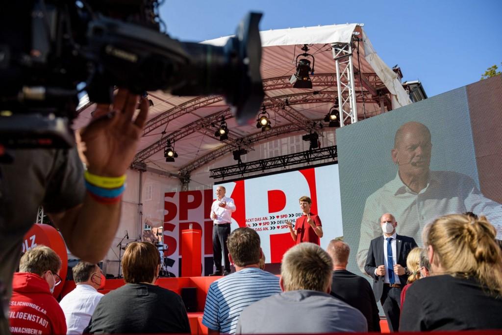Γερμανία – Το 40% θέλει Σολτς για καγκελάριο