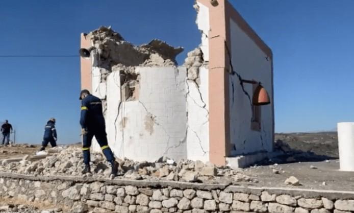 Σεισμός στην Κρήτη – Βίντεο ντοκουμέντο – Η στιγμή απεγκλωβισμού εργάτη μετά τα 5,8 Ρίχτερ