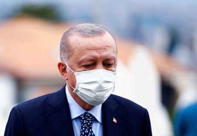 Τουρκία – Φουντώνουν τα σενάρια για την υγεία του Ερντογάν – «Έχει πολύ σοβαρά προβλήματα»