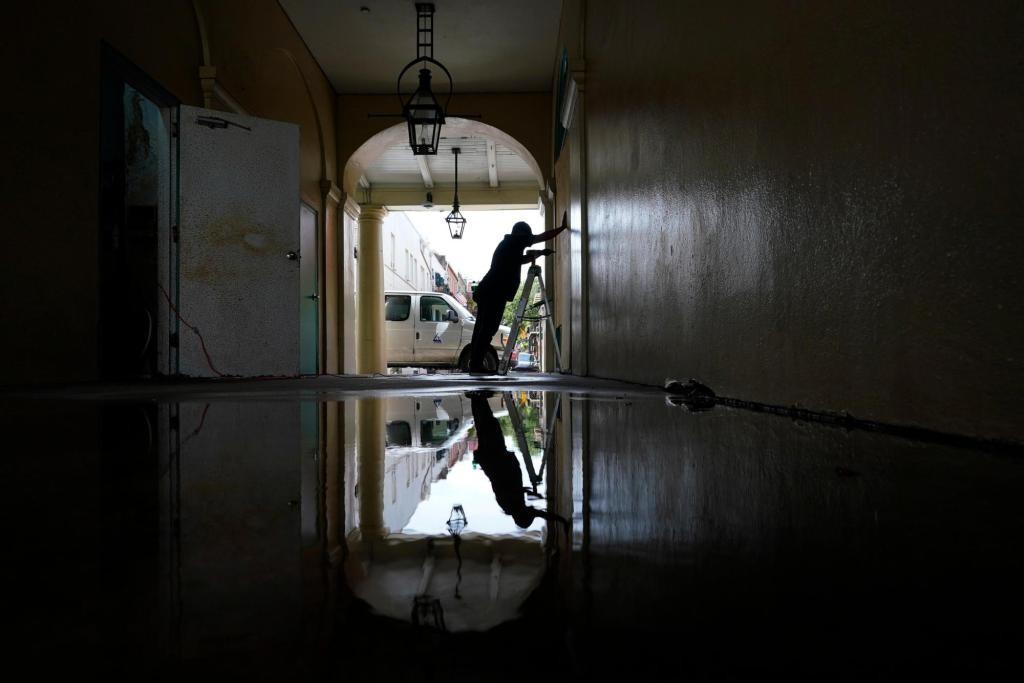 ΗΠΑ – Τους 26 νεκρούς έφθασε ο απολογισμός των θυμάτων του κυκλώνα Άιντα