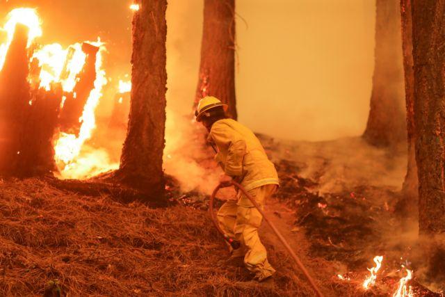 Ισπανία – Σε εμπρησμό οφείλεται η δασική πυρκαγιά στην Γκαλίθια – Μαίνεται εκτός ελέγχου