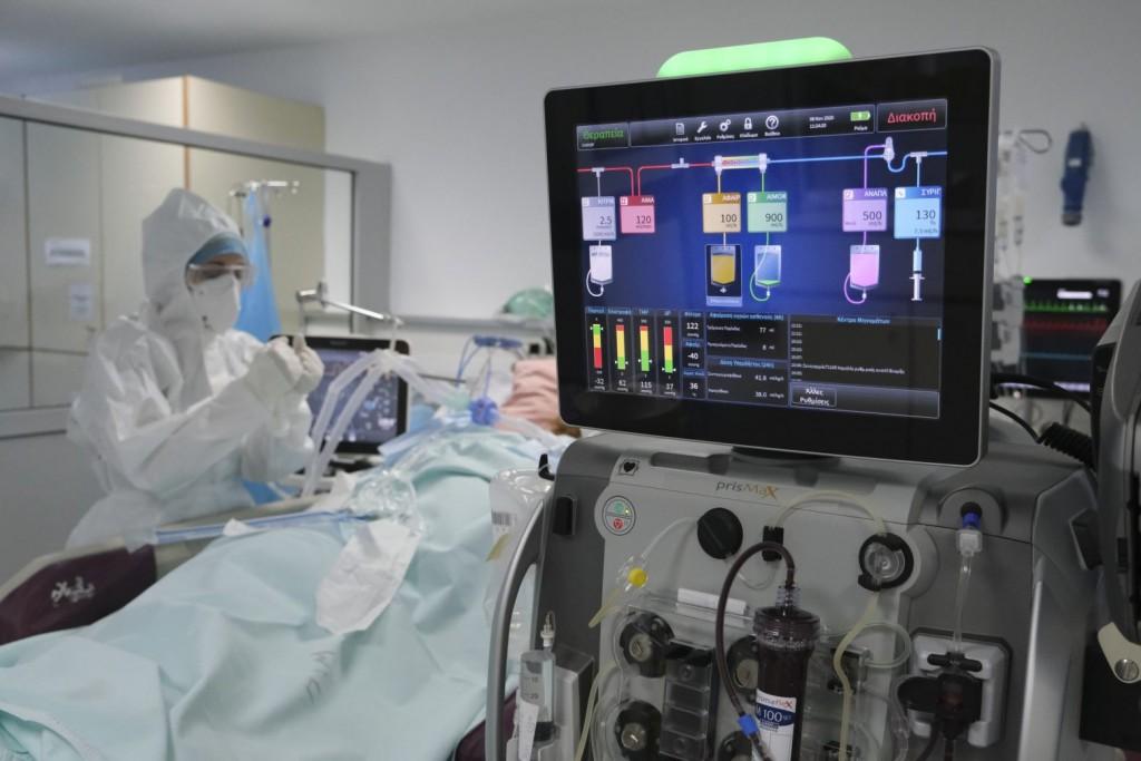 Κρήτη – Κρίσιμες ώρες για την 36χρονη έγκυο που νοσηλεύεται σε ΜΕΘ με κοροναϊό – Τι λέει ο γιατρός της στο MEGA