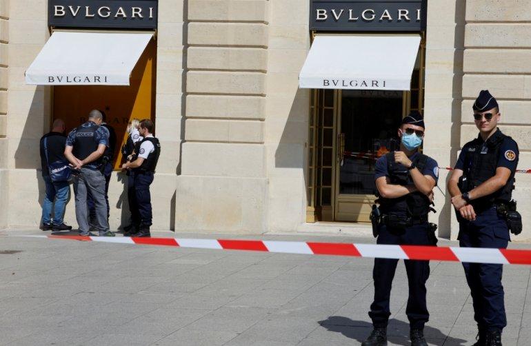 Γαλλία – Ένοπλη ληστεία σε μεγάλο κοσμηματοπωλείο – Άρπαξαν λεία 10 εκατ. ευρώ