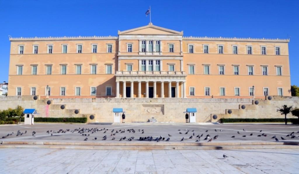 Κλειστή την ερχόμενη Πέμπτη η Βουλή  προς τιμήν του Μίκη Θεοδωράκη