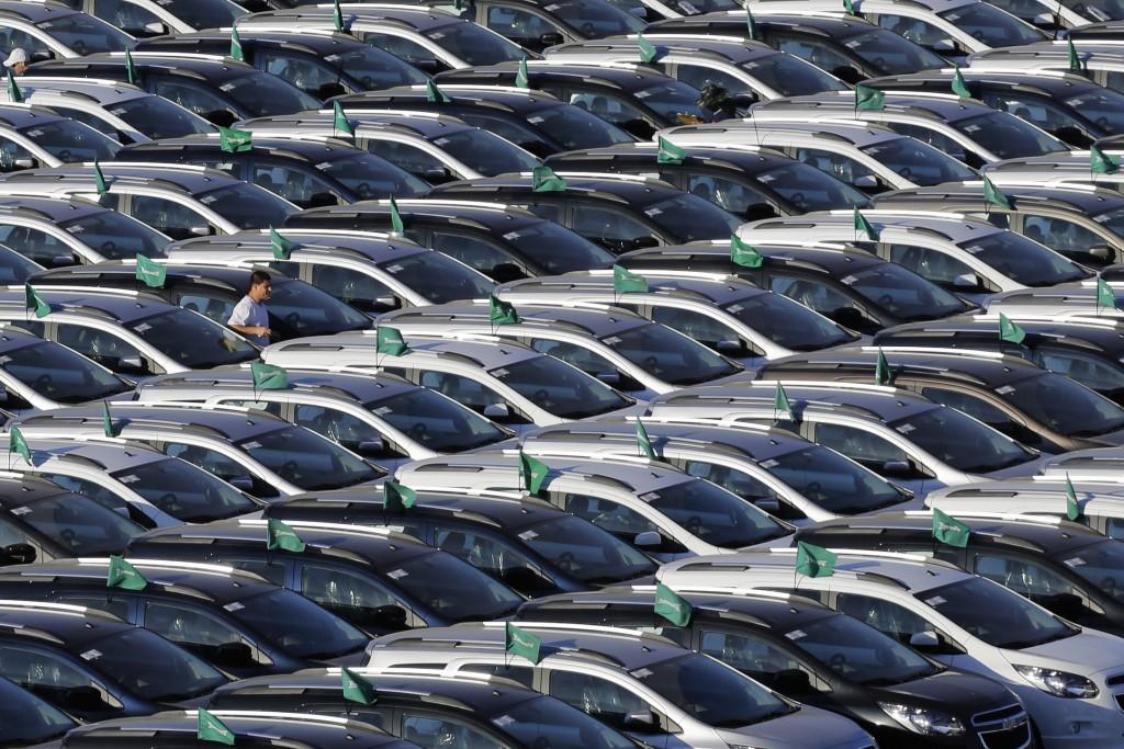 ΕΛΣΤΑΤ – «Φρέναρε» η αύξηση των πωλήσεων αυτοκινήτων τον Αύγουστο