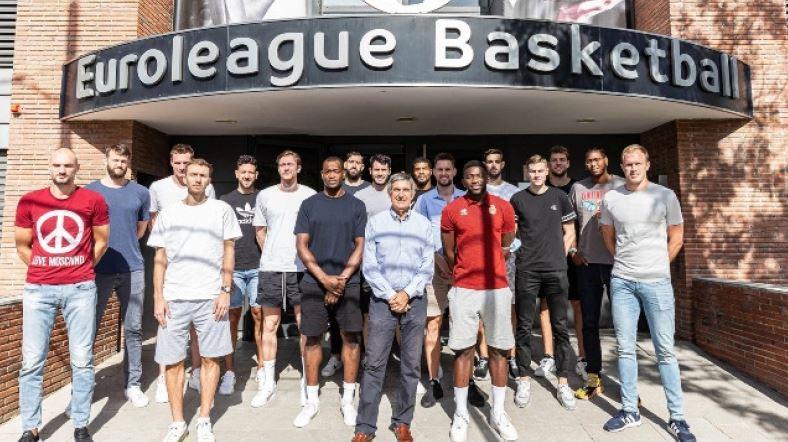 Euroleague – Συνάντηση των παικτών με τον Τζόρντι Μπερτομέου