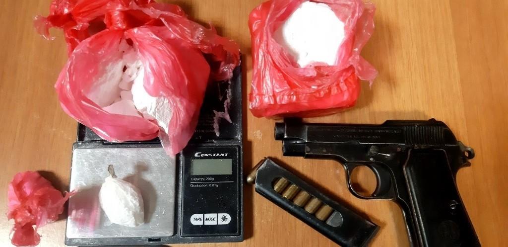 Κρήτη – Εννέα συλλήψεις για διακίνηση ναρκωτικών στο Φόδελε – Είχαν βάλει ανήλικο για πωλητή