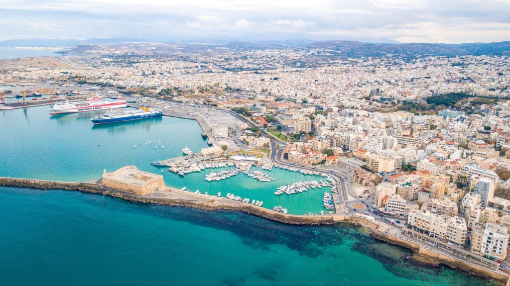 Nine expressions of interest for major stake of Heraklion Port Authority on Crete