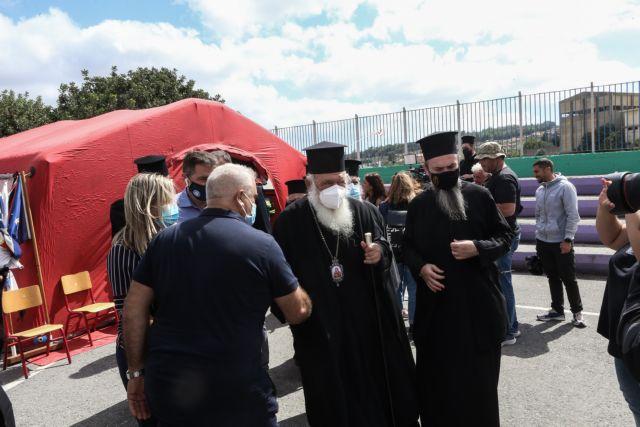 Σεισμός – Στο Αρκαλοχώρι ο αρχιεπίσκοπος Ιερώνυμος – «Στήριξη με έργα-όχι με λόγια από την Εκκλησία»