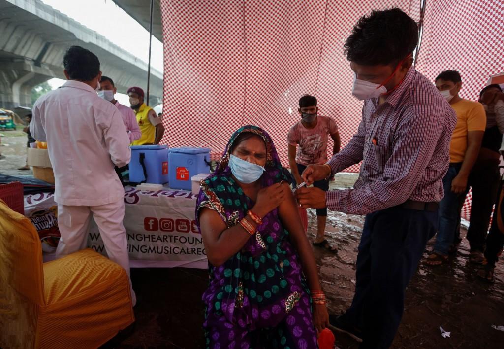 Ινδία – 308 θάνατοι σε 24 ώρες λόγω του κοροναϊού – Πάνω από 42.700 νέα κρούσματα