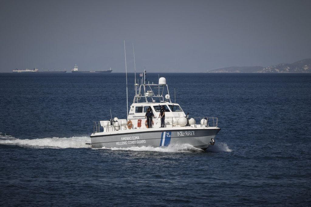 Θεσσαλονίκη – Ρυμουλκήθηκε ακυβέρνητο σκάφος στο λιμάνι της Επανομής