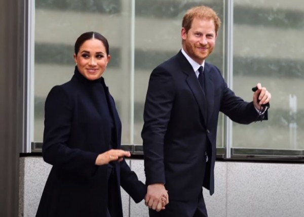 Πρίγκιπας Χάρι - Μέγκαν Μαρκλ - Η πρώτη τους δημόσια εμφάνιση μετά τη γέννηση της Λίλιμπετ