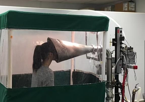 Μελέτη – Πάνω από 100 φορές πιο μεταδοτική μέσω του αέρα η μετάλλαξη Δέλτα από το αρχικό στέλεχος