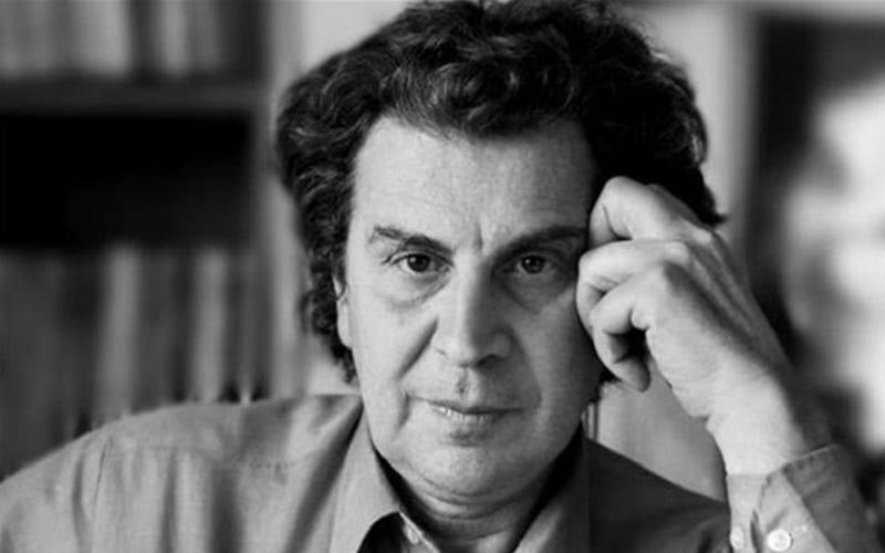 Μίκης Θεοδωράκης – Διάσημος Ολλανδός βιολιστής αποχαιρετά τον Μίκη Θεοδωράκη με τον «Ζορμπά»