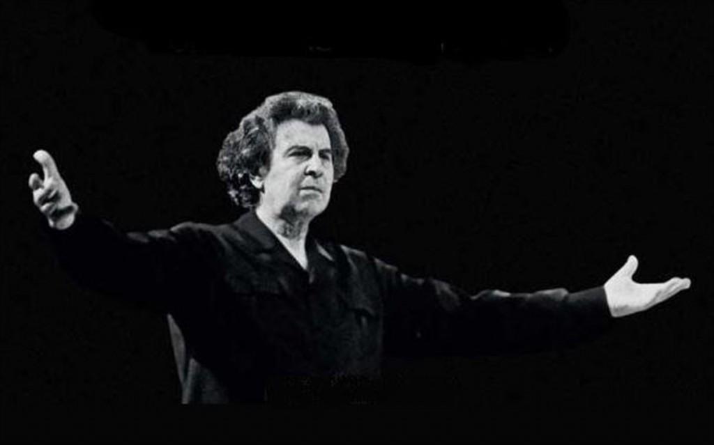Ένα μουσικό αντίο στον Μίκη Θεοδωράκη στο μετρό του Συντάγματος