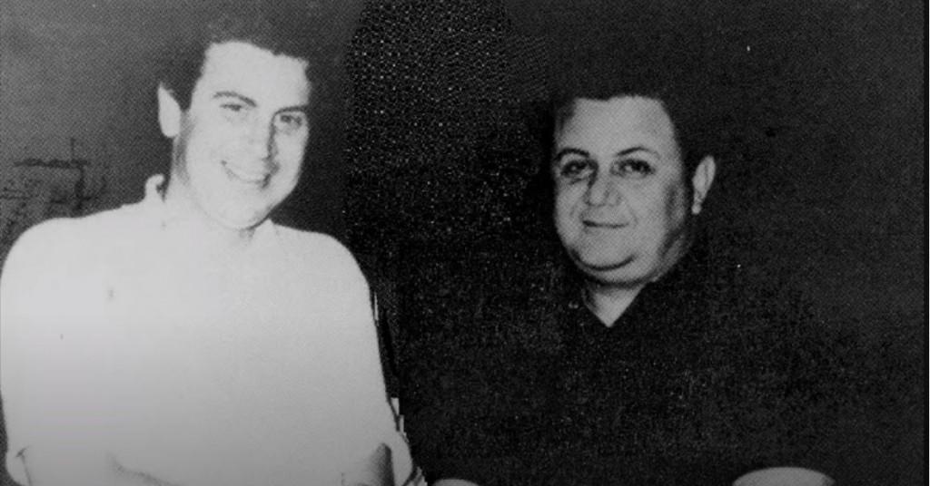 Μίκης Θεοδωράκης-Μάνος Χατζηδάκης – Όταν έγιναν ήρωες σε δίσκο του Καραγκιόζη