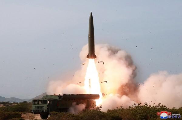 Βόρεια Κορέα - Νέα εκτόξευση πυραύλου «άγνωστου τύπου»