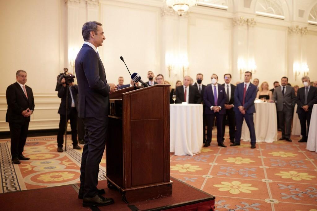 Μητσοτάκης – Το «Ελλάδα 2.0» καταρτίστηκε «από Έλληνες για Έλληνες» – Ψήφος εμπιστοσύνης από ξένους επενδυτές