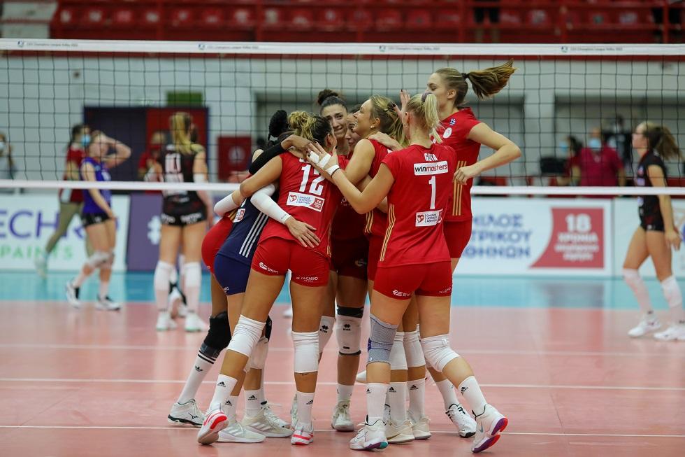 Θρυλικά κορίτσια – Νέα νίκη και πρόκριση του Ολυμπιακού (3-1 σετ)