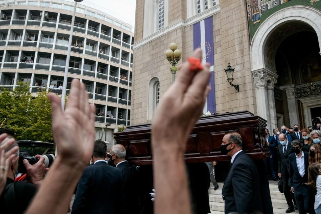 Μίκης Θεοδωράκης – Τελευταίος αποχαιρετισμός στον μεγάλο Έλληνα