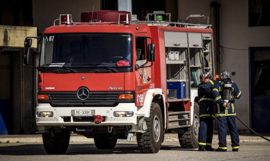 Φωτιά στην Κρήτη – Μεγάλη κινητοποίηση της πυροσβεστικής