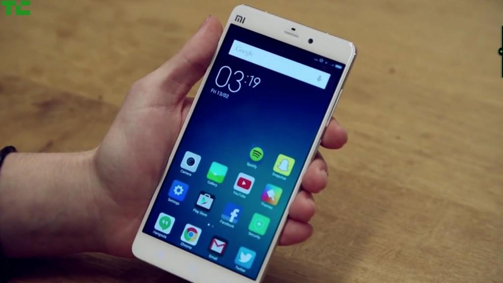 Η Λιθουανία ζητά από τους πολίτες της να πετάξουν τα κινεζικά κινητά τηλέφωνα
