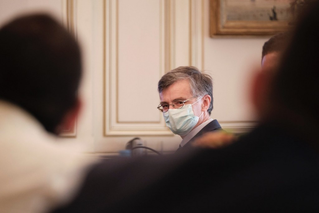 Αποκλειστικό in.gr – Η πρώτη ενημέρωση Τσιόδρα σε Πλεύρη και Γκάγκα – Γιατί και πού χτύπησε καμπανάκι κινδύνου για την πανδημία