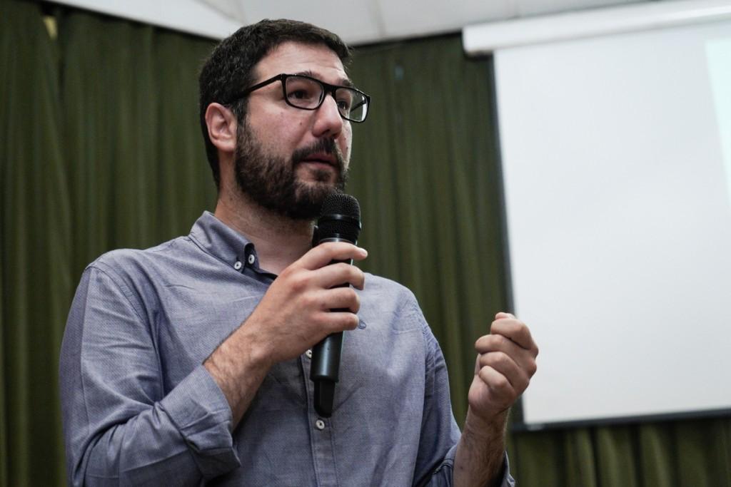 Ηλιόπουλος – Ανέκδοτο τα 1.200 ευρώ στους νέους