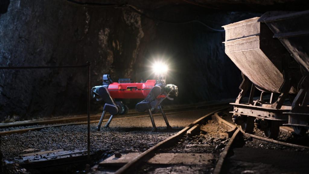 Φως στο τούνελ: Ρομποτικοί διασώστες με Έλληνα προπονητή νίκησαν σε διαγωνισμό του Πενταγώνου