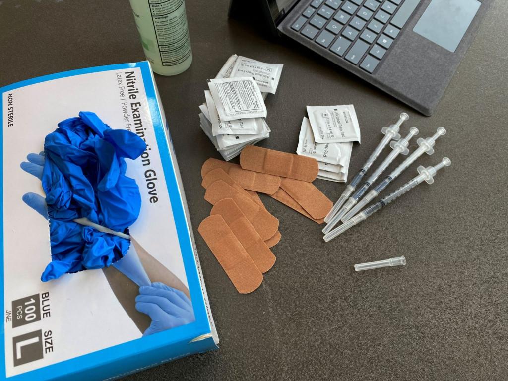 Εμβόλιο – Κορυφαίοι ειδικοί ζητούν από τον Μπάιντεν να ακυρώσει τις αναμνηστικές δόσεις στον γενικό πληθυσμό