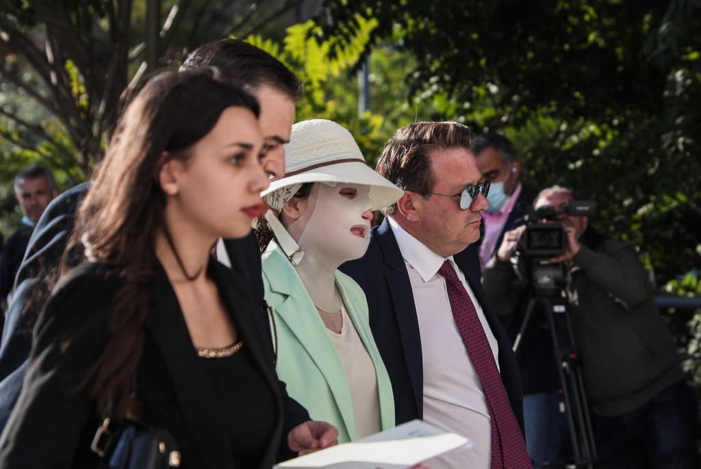 Ένταση στη δίκη για την επίθεση με βιτριόλι – Οι ερωτήσεις στον 40χρονο και η αντίδραση του προέδρου