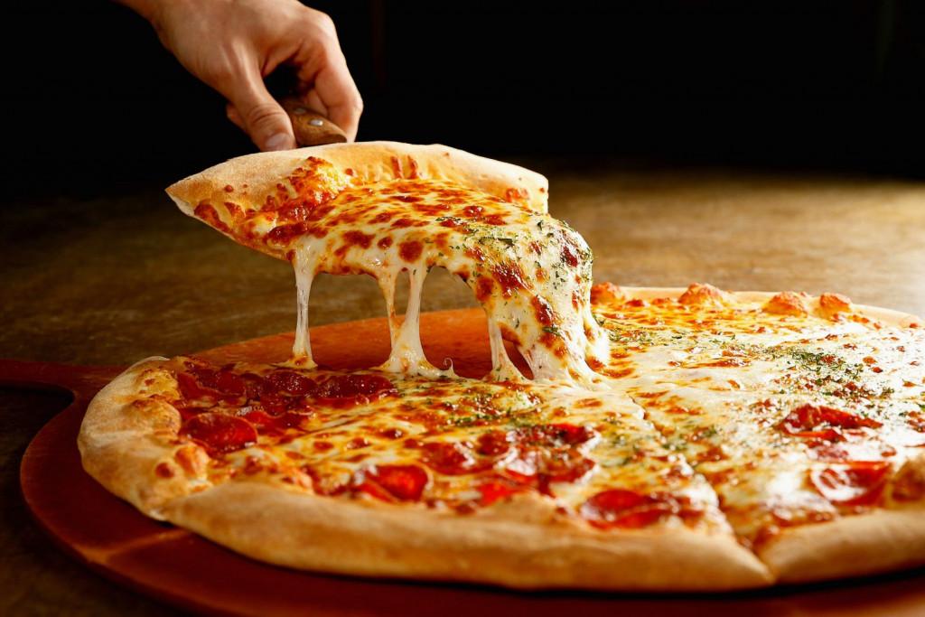 Έως και 13% πιο ακριβή η πίτσα – Γιατί αυξάνεται η τιμή της
