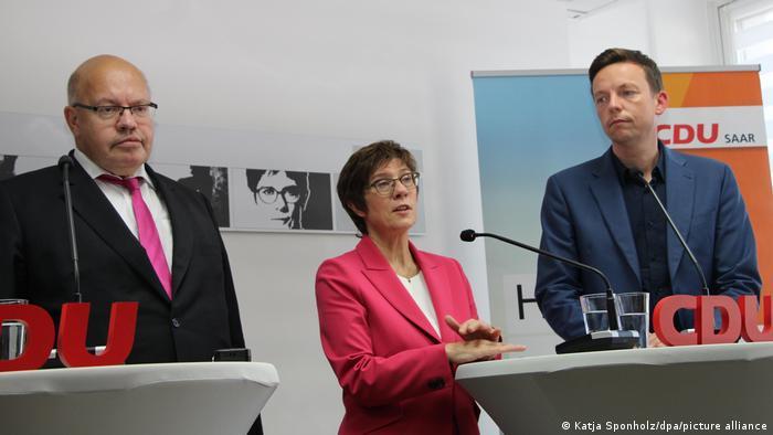 Γερμανία – Παραιτούνται Αλτμάιερ και Καρενμπάουερ από βουλευτές