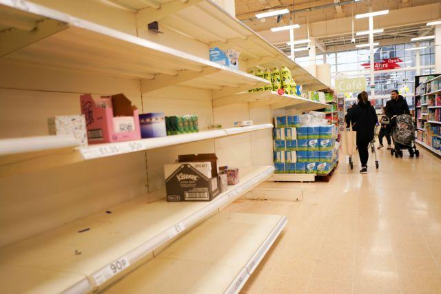 Βρετανία – Άδεια τα ράφια στα σούπερ μάρκετ – Ένας στους έξι δεν βρίσκει τρόφιμα