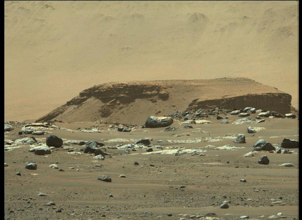 NASA – Το Perseverance κινείται μέσα σε μια μεγάλη αρχαία λίμνη του Άρη