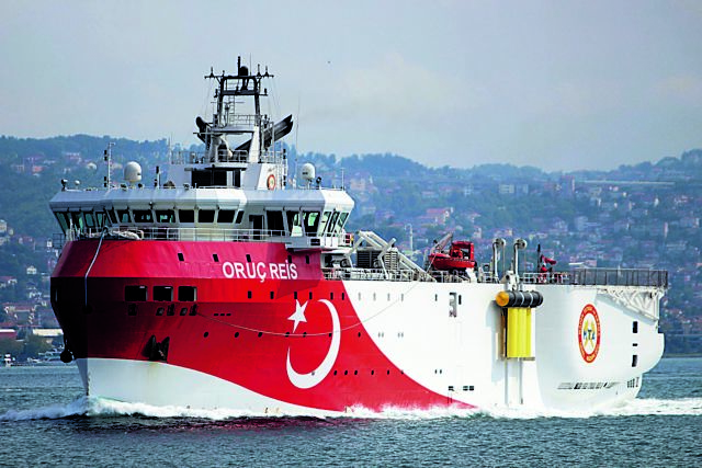 Η Αγκυρα κλιμακώνει τις προκλήσεις με το Oruc Reis – «Αν γίνει κάτι, θα στείλουμε τους Τούρκους πίσω στον 19ο αιώνα»